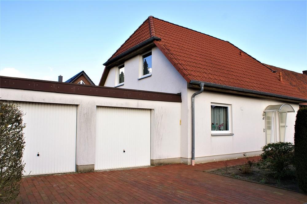 VERKAUFT | Gepflegtes Einfamilienhaus mit Doppelgarage