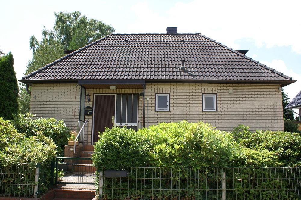 Cluvenhagen | Kleines Einfamilienhaus mit Vollkeller